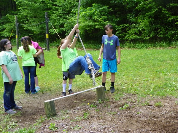 Obstacle Course - Rope Swing