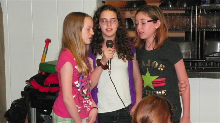 Camp Idol: Karlie, Chloe, and Jennifer sang
